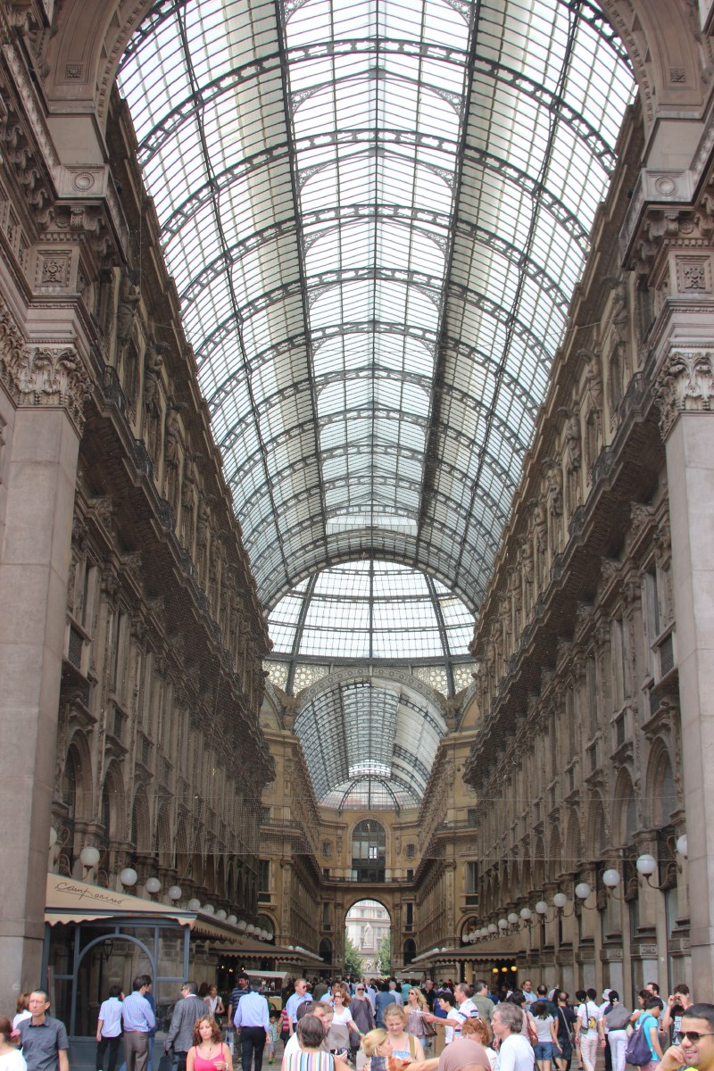 The famous passageway in Milano.
