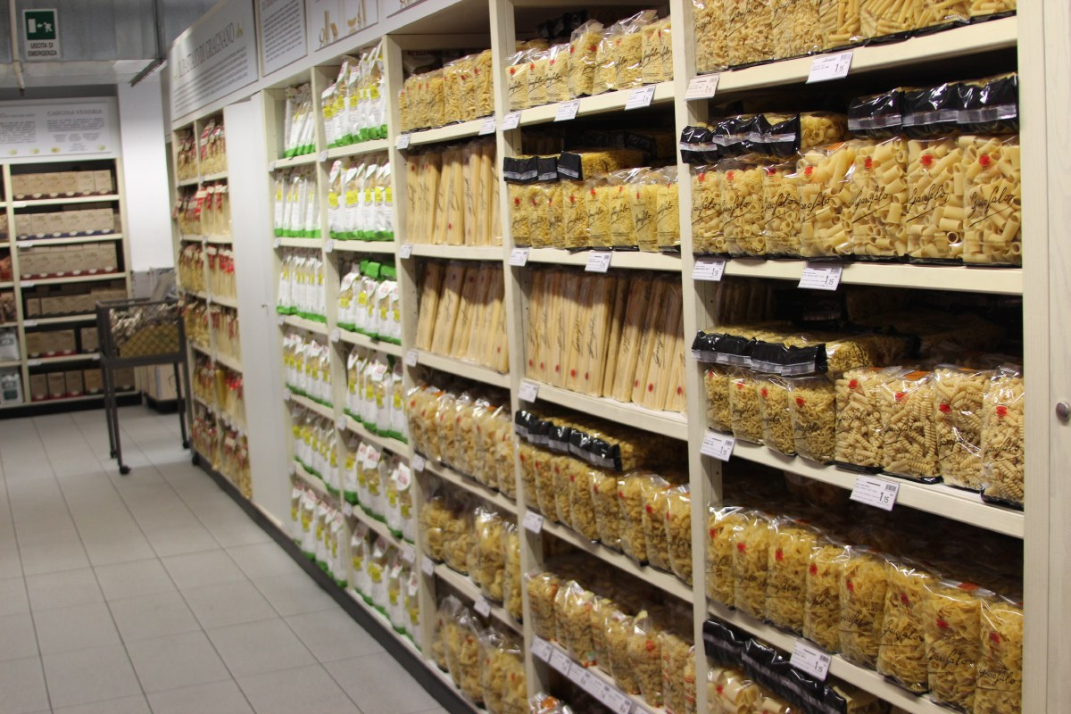 How many kinds of pasta do you want?