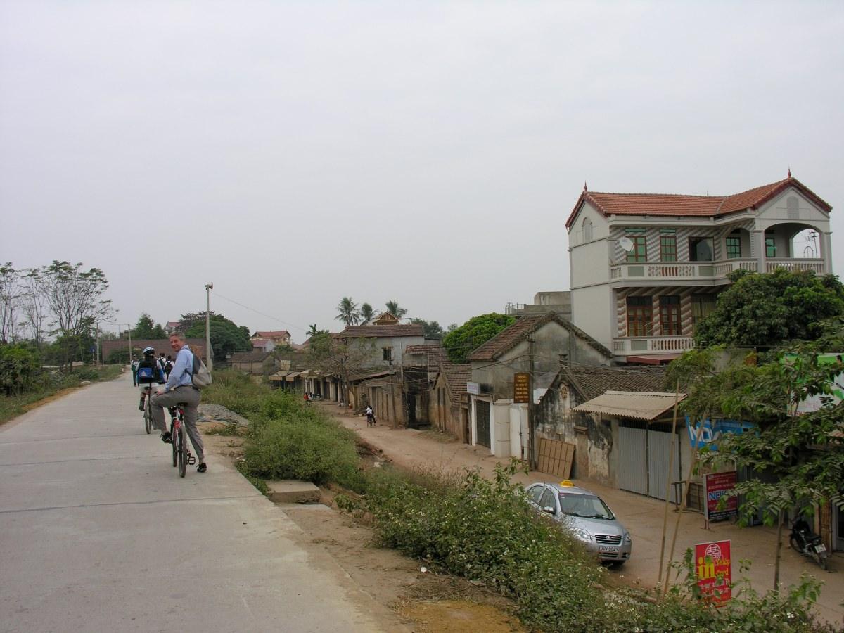 Continuing our bike tour west of Hanoi