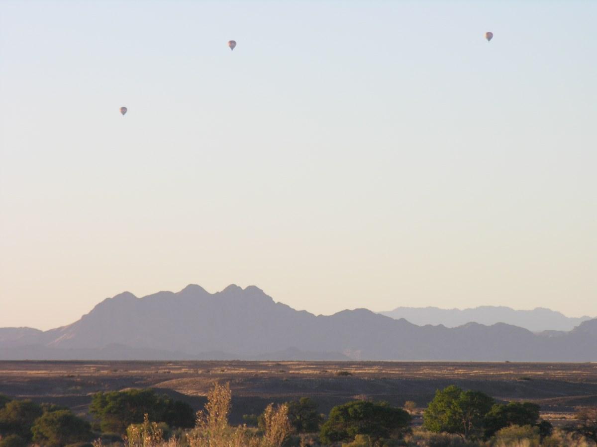 Balloons over Sossusvlei