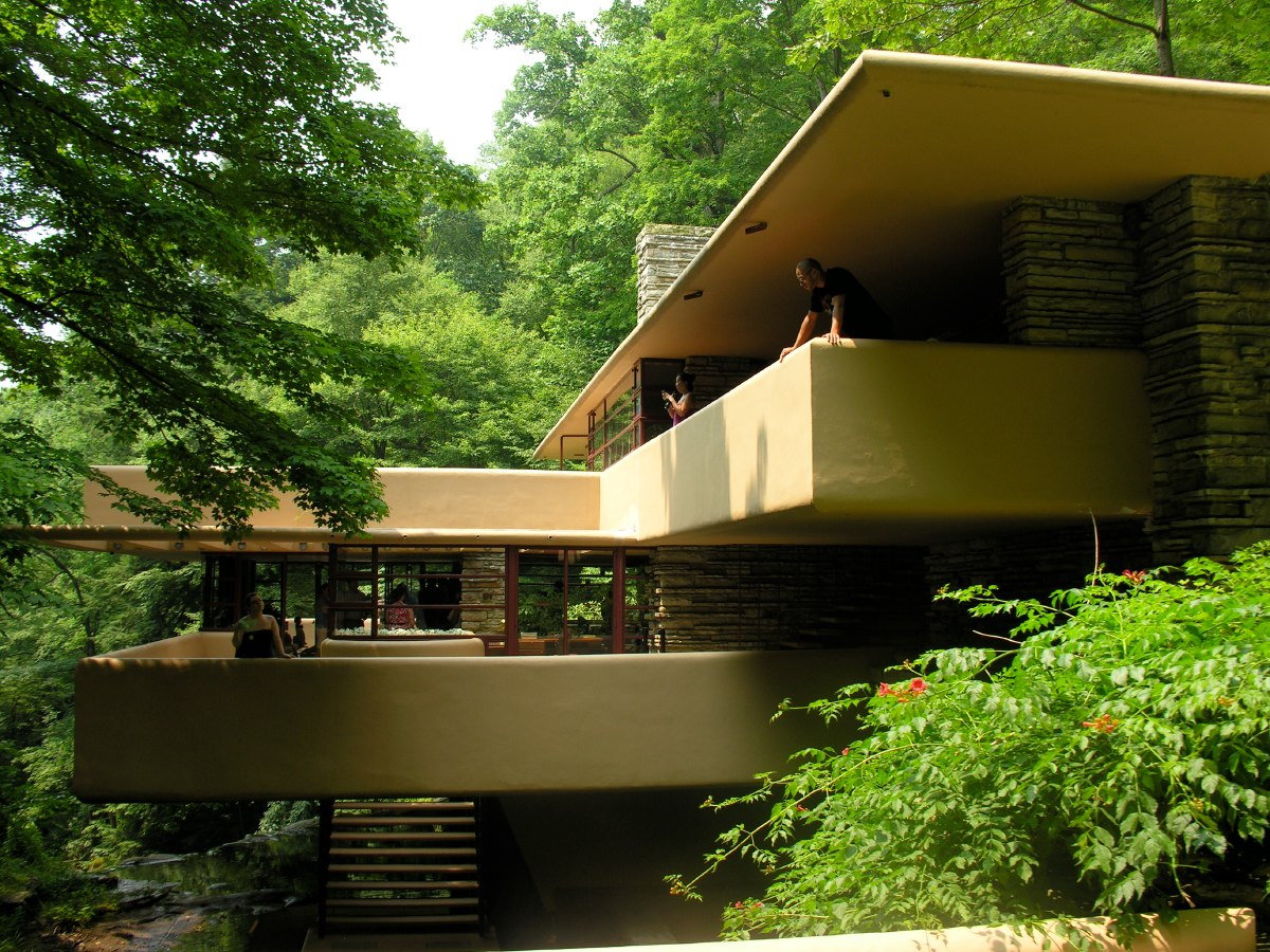 The Kaufmanns - a prominent Pittsburgh family known for their distinctive sense of style and taste - commissioned Wright to build this house in December 1934