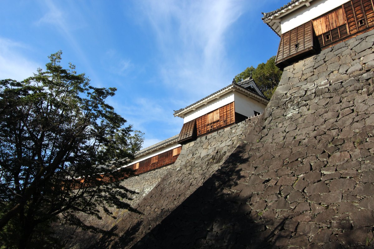 The construction of Kumamoto Castle in the early 1600s took seven years, and it was designed by feudal lord Kato Kiyomasa.