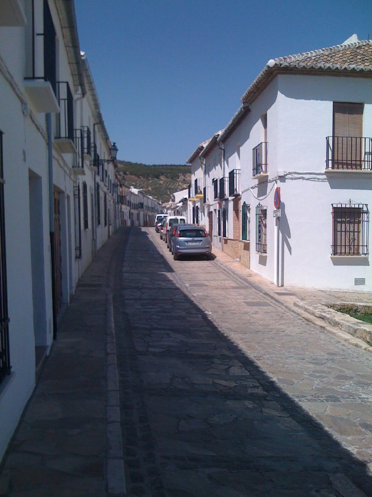 Antequera. Sleepy street at midday.