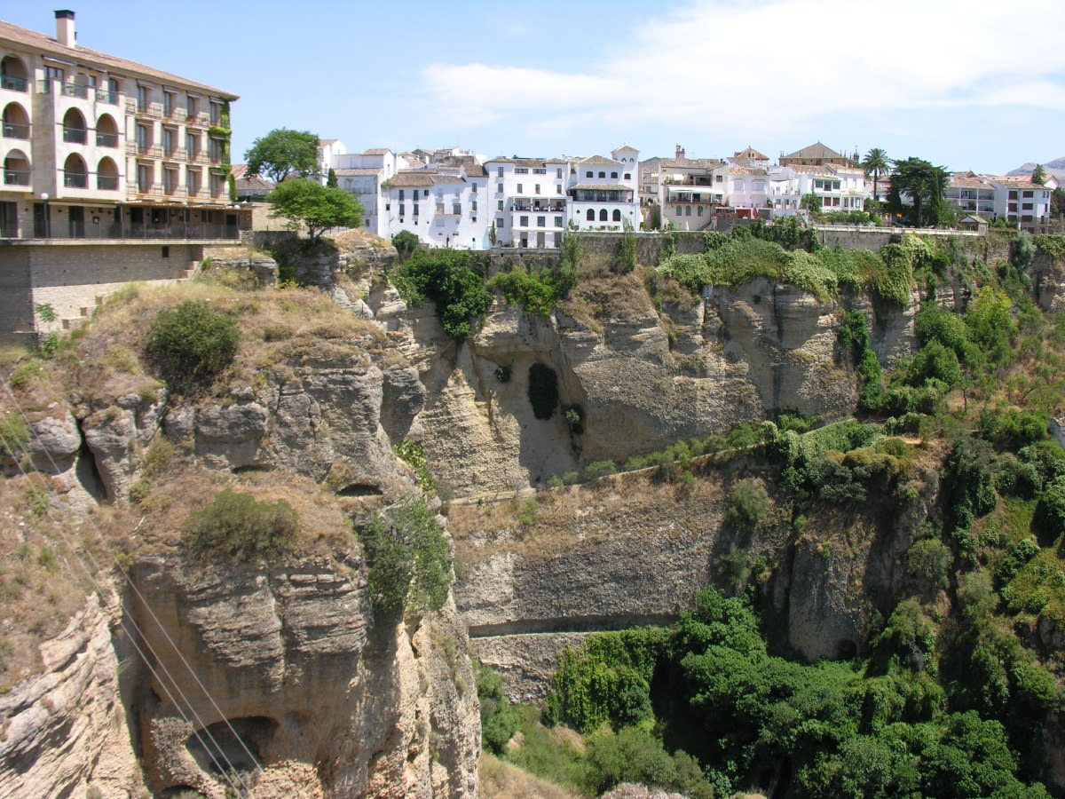 Ronda is situated in a very mountainous area about 750 m above mean sea level