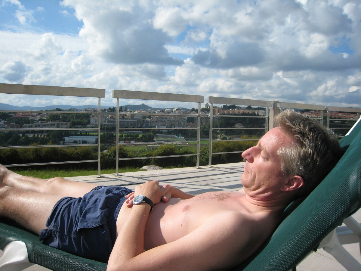 Although still a little on the cool side, it was nice to relax by the pool at the end of the afternoon.