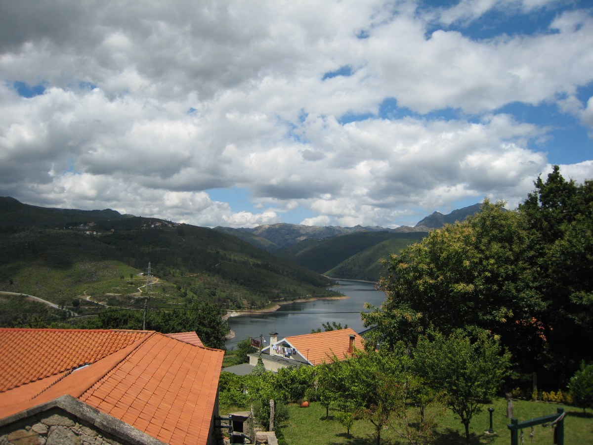 The next day we travel to Lindoso, an authentic mountain village in the Peneda Gerês National Park, close to the Spanish border.