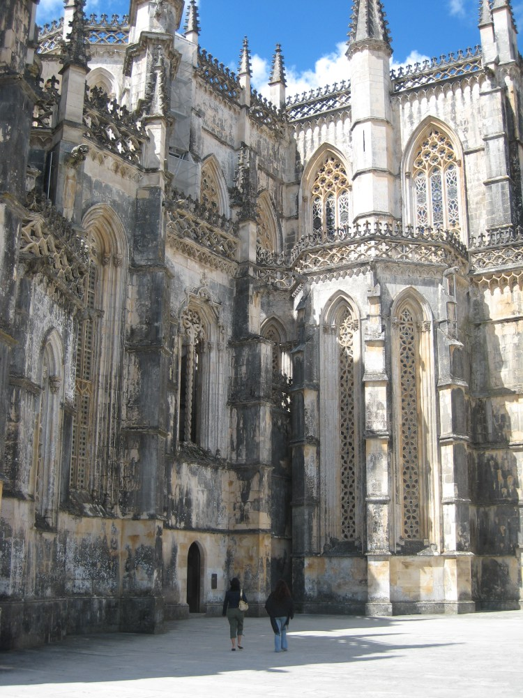 The Mosteiro de Batalha was built in honour of the victory of the Portuguese over the Castilians in the battle of Aljubarrota in 1385.