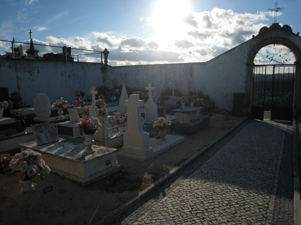 The cemetery of Ourém