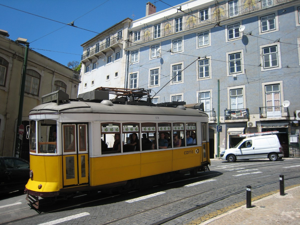 Here again those nice old trams