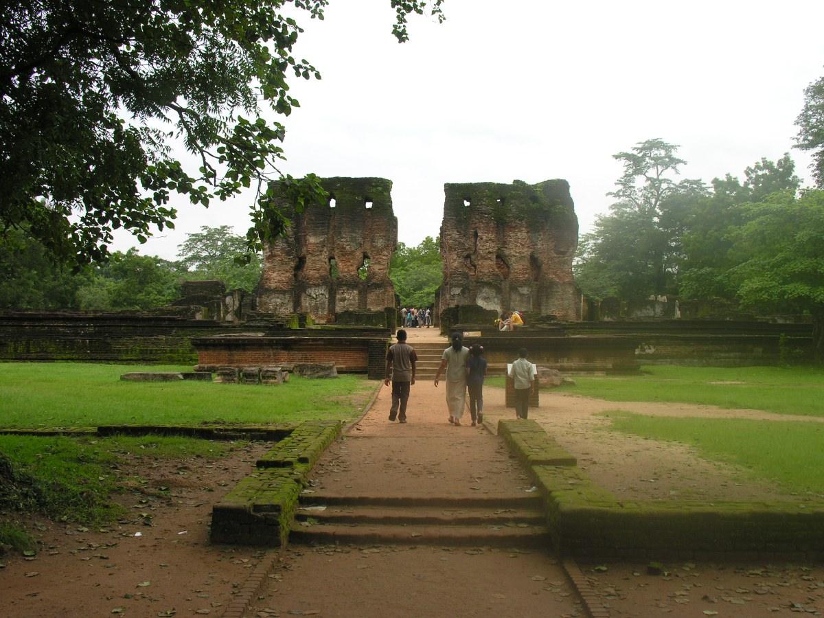 The ruins of king Parakramabahu's royal palace (Vejayanta Pasada).