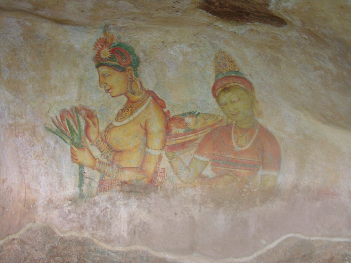 The mirror wall and its frescoes