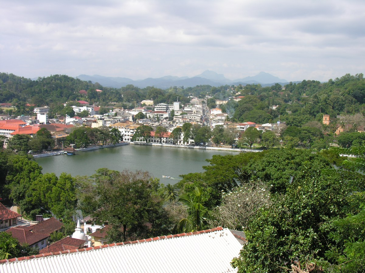 Day 5 - In 1592, Kandy became the capital city of the last remaining independent kingdom in Sri Lanka after the coastal regions had been conquered by the Portuguese.