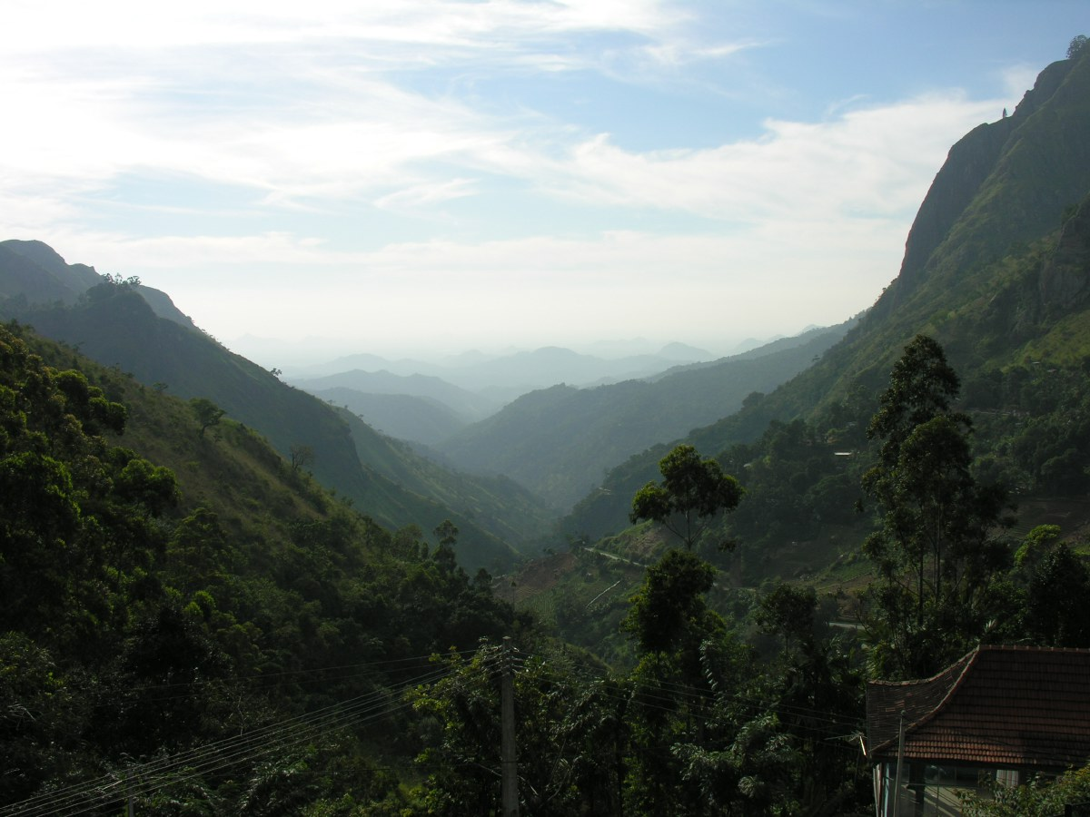 This was the stunning view from our next overnight stop: the Ella Gap.