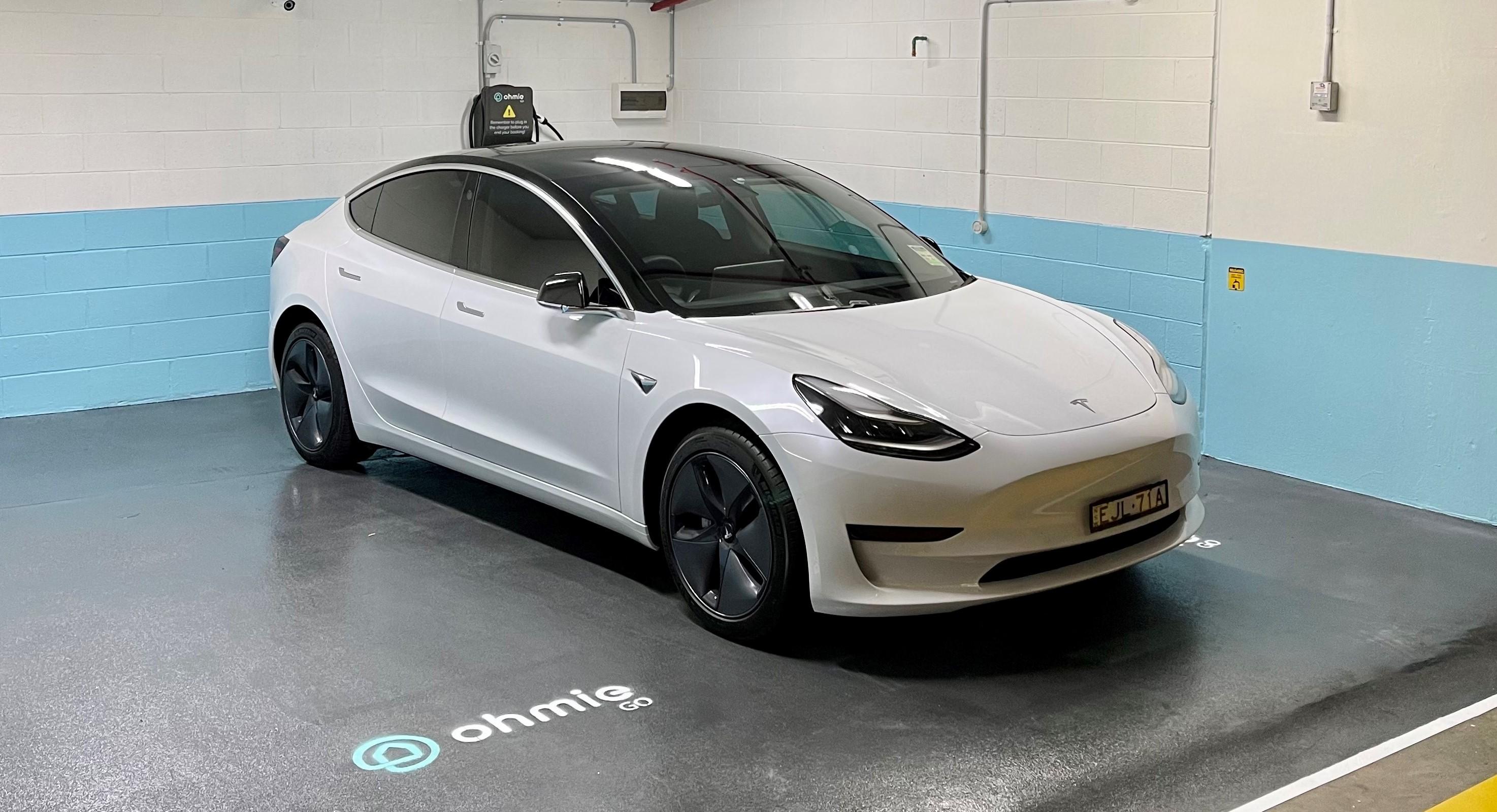Tesla Model 3 in Car Space Fitout