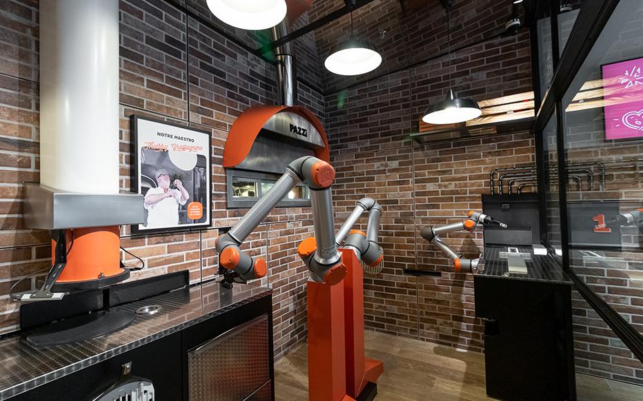 Un robot capable de réaliser une pizza en 5 minutes