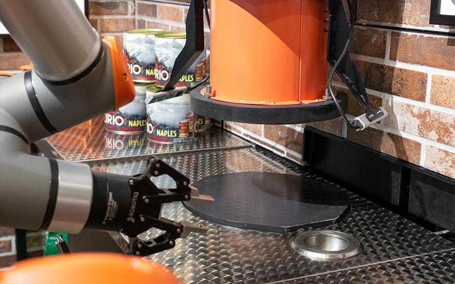 Paris : Dans ce resto, le pizzaïolo est un robot