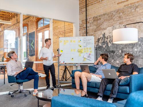 ¿Cuáles son los objetivos económicos de una empresa?