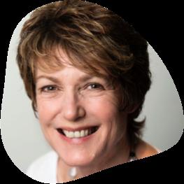 Headshot of international speaker Julie Fisher