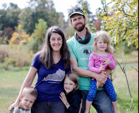 Family photo for Barr Farms, a local farm in Rhodelia Kentucky