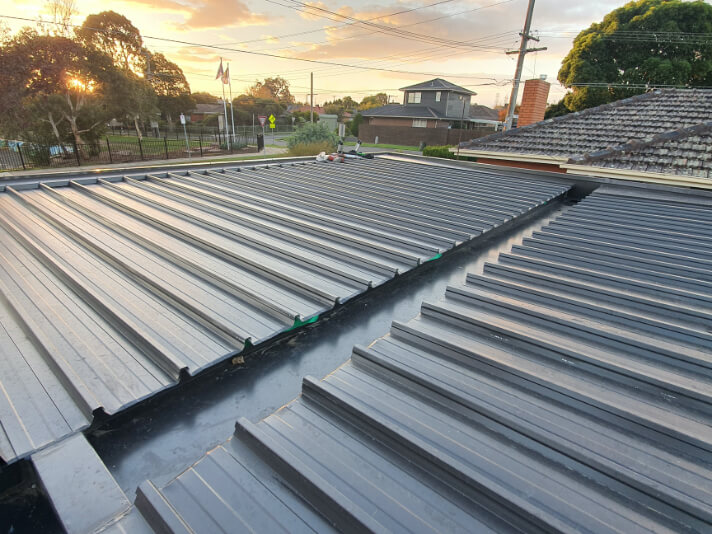 A new Colorbond roof installed on a home in the Melbourne suburbs