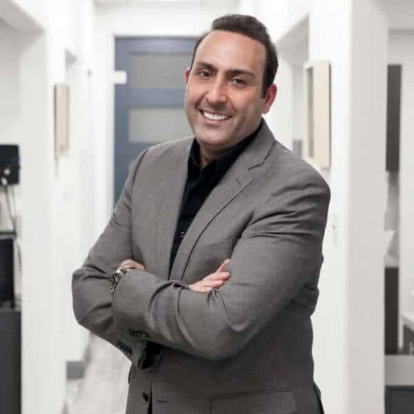 Dr. Daniel Javaheri