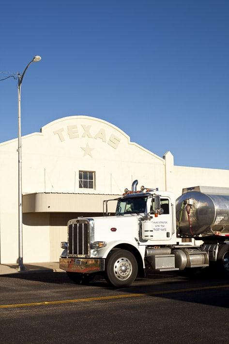 Photo professionnelle mise en valeur de produit et marque, photo camion au Texas par Stevents Frémont photographe professionnel