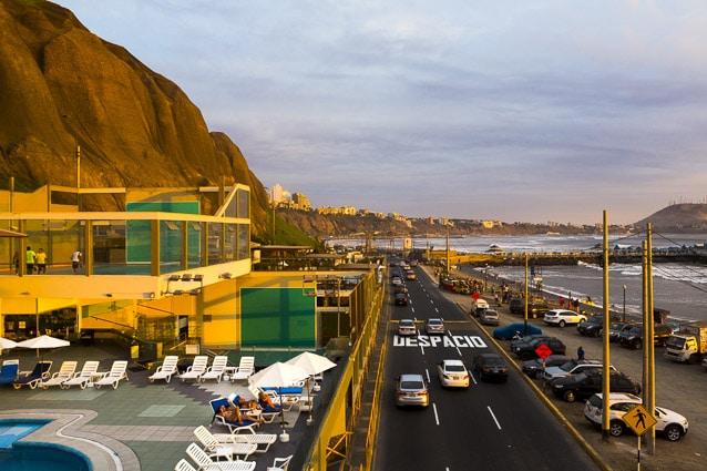 Photo professionnelle de voyage, réalisation Stevens Frémont photographe professionnel Lima Pérou océan pour the Good Life