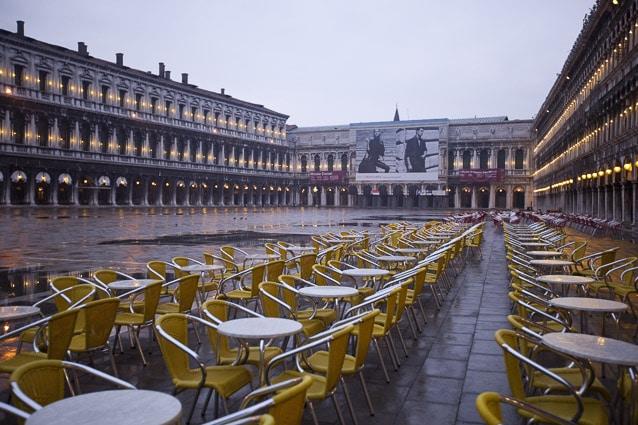 Photo professionnelle de voyage, réalisation Stevens Frémont photographe professionnel voyage Venise couverture IDEAT