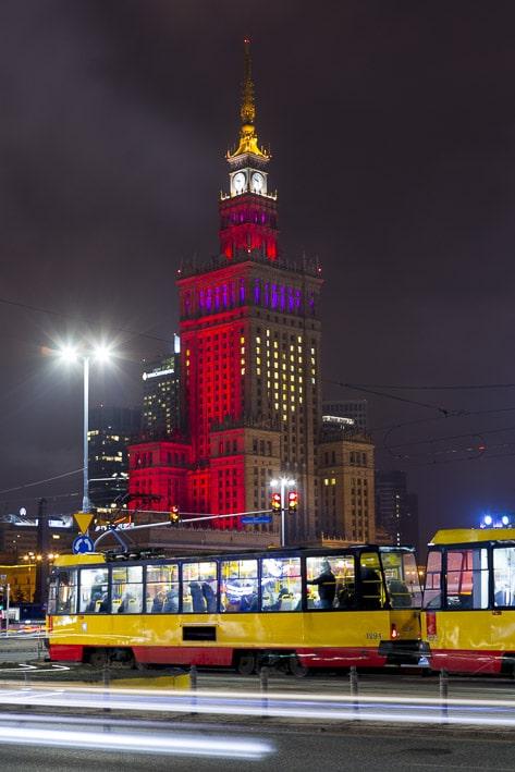 Photo professionnelle de voyage, réalisation Stevens Frémont photographe professionnel voyage Varsovie Pologne bâtiment