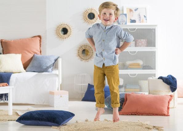 Photographies professionnelles pour les marques, vêtement d'enfant photo catalogue Corolle en studio par Stevens Frémont photographe professionnel