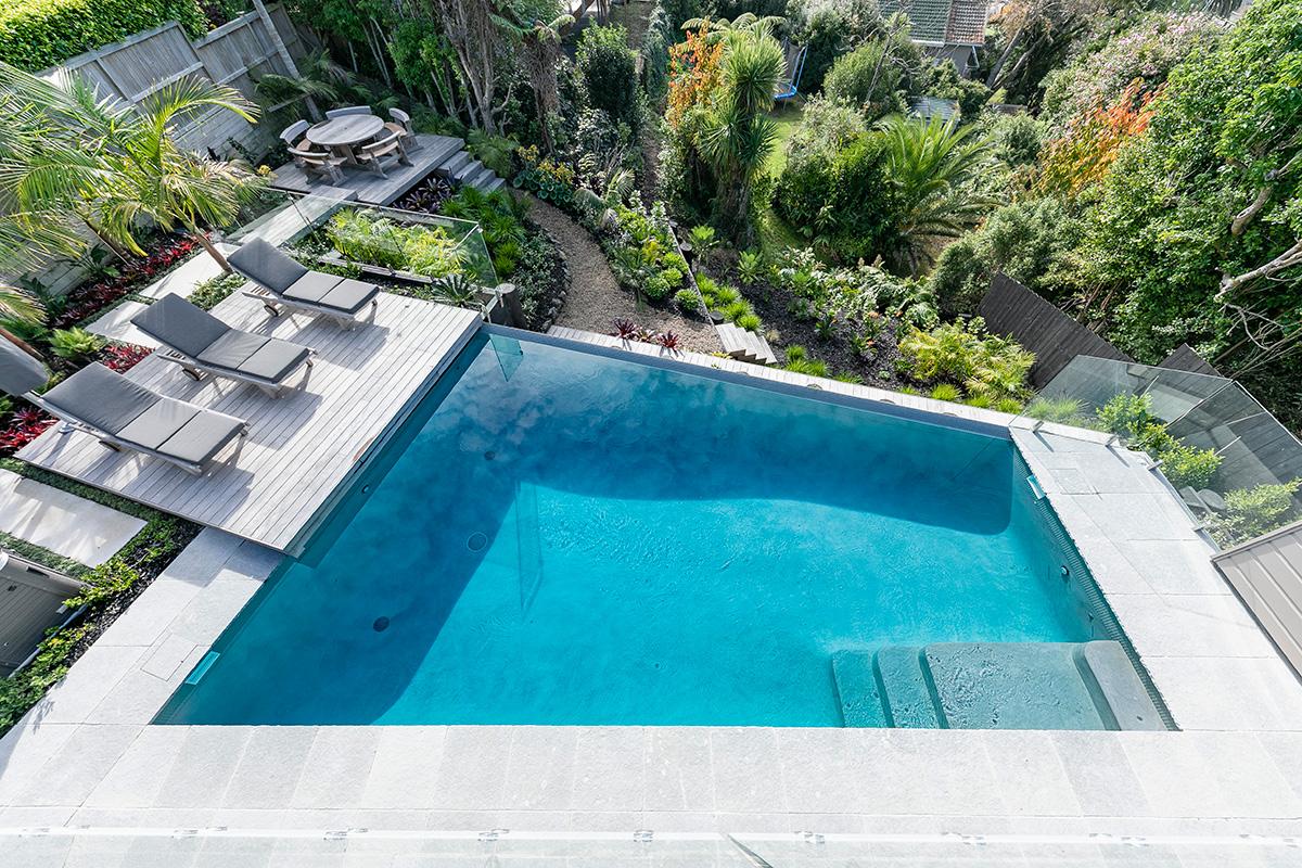 Urban pool surround planting