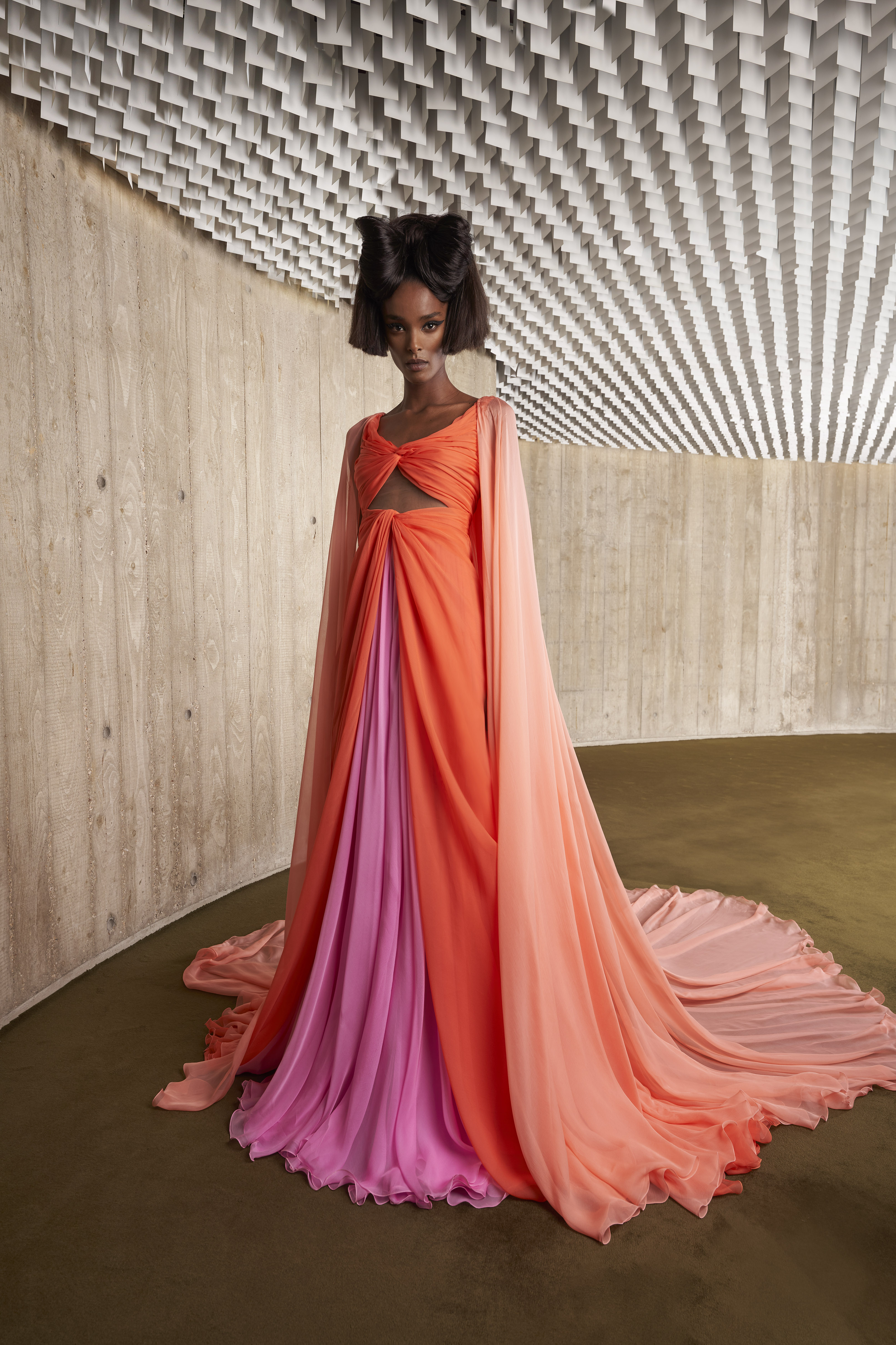 Courtesy of Giambattista Valli  Imagery and video shot at Espace Niemeyer  © NIEMEYER, OSCAR / Adagp, Paris, 2021
