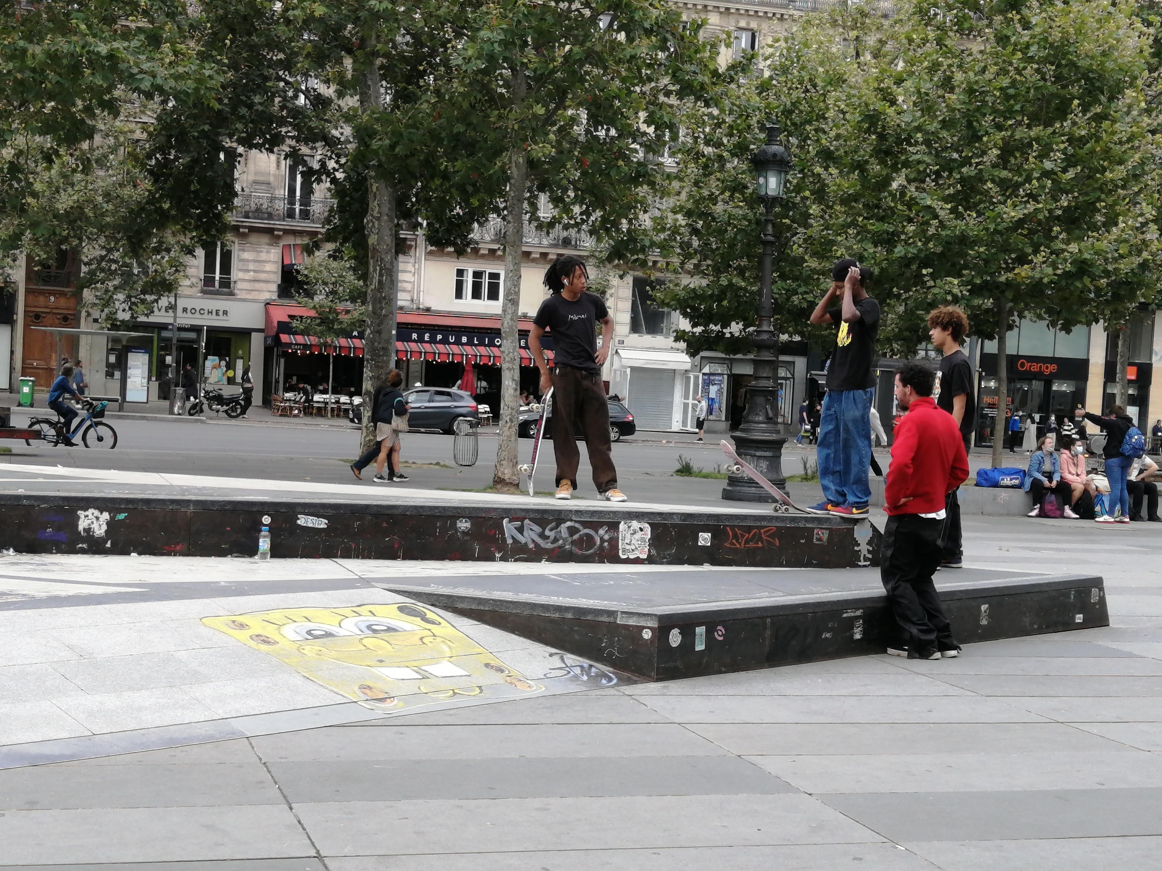 skateurs république paris