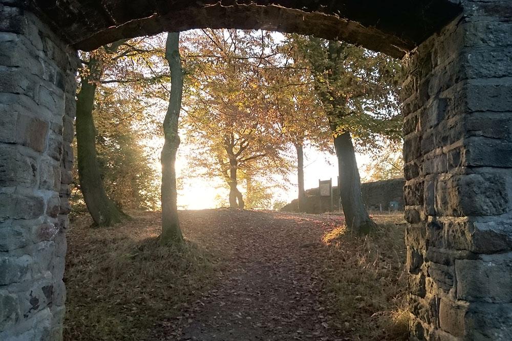 Kleiner Spaziergang mit Panoramablick rund um Schloss Schellenberg