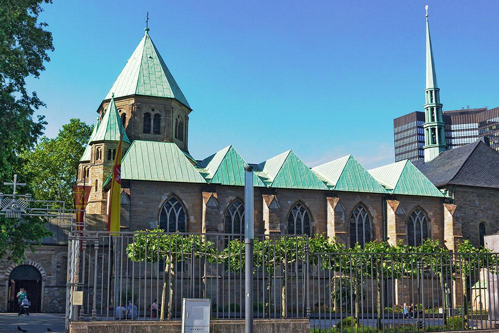 Beeindruckende Architektur und bedeutende Kirchenschätze im Essener Dom erleben