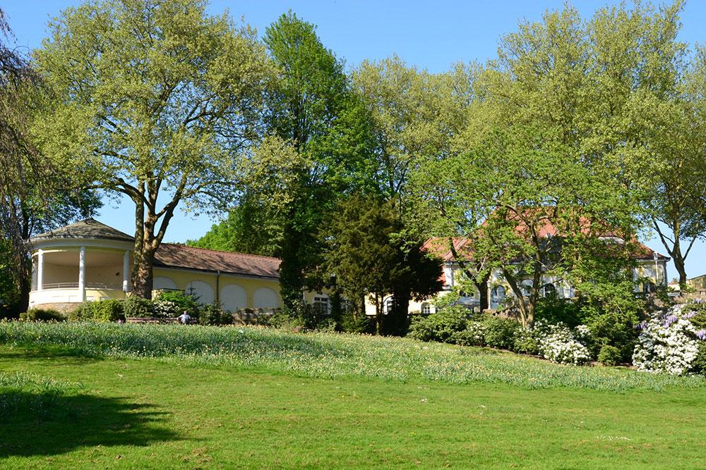 Weites Grün genießen im Steeler Stadtgarten