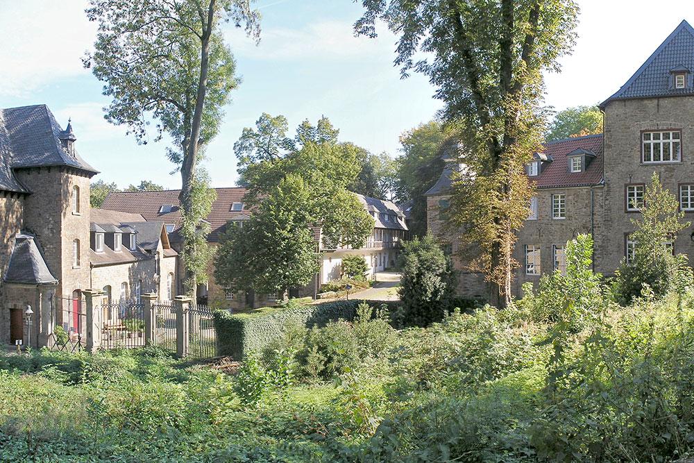 Frühlingsspaziergang mit Panoramablick rund um Schloss Schellenberg