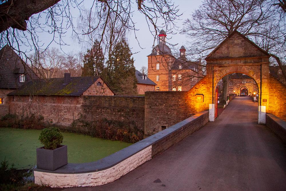 Schöne Schlösser und Burgen in Essen Schloss Hugenpoet
