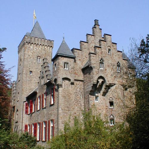 Schöne Schlösser und Burgen in Essen Haus Oefte