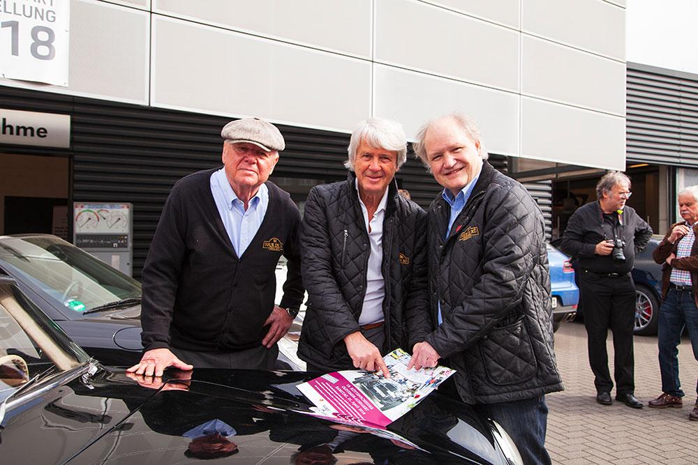 Franz Maag, Berater der Tour de Rü, Tourplaner Claudio Schlegtendal und Rolf Krane, Vorsitzender IG Rüttenscheid