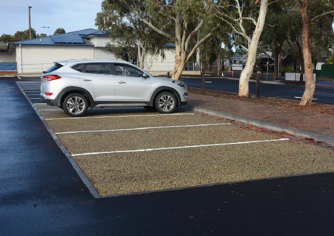What are the advantages and disadvantages of permeable surfaces?