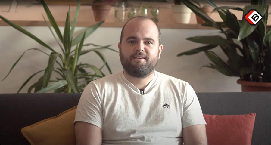 Rémi co-fondateur de La Briqueterie et développeur sénior explique la vision d'une agence dédiée au produit numérique