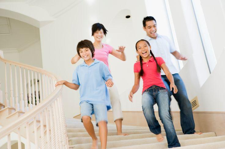 4 Quick Tips on Cleaning Hallways and Staircases