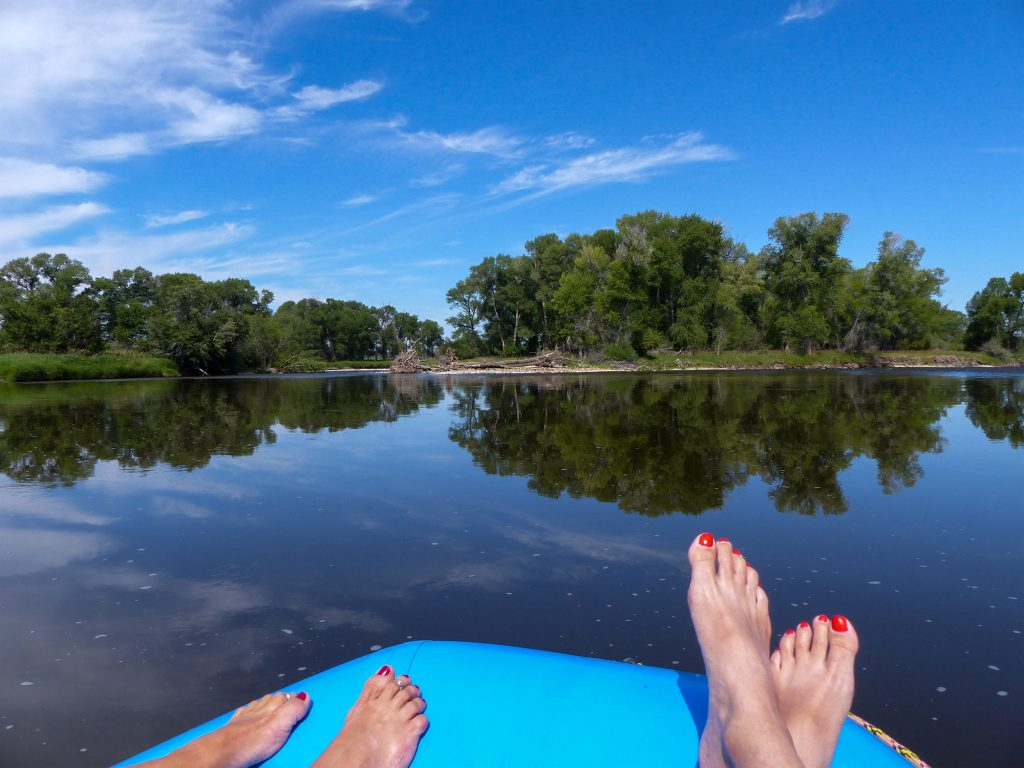 leisurely float on the north platte river