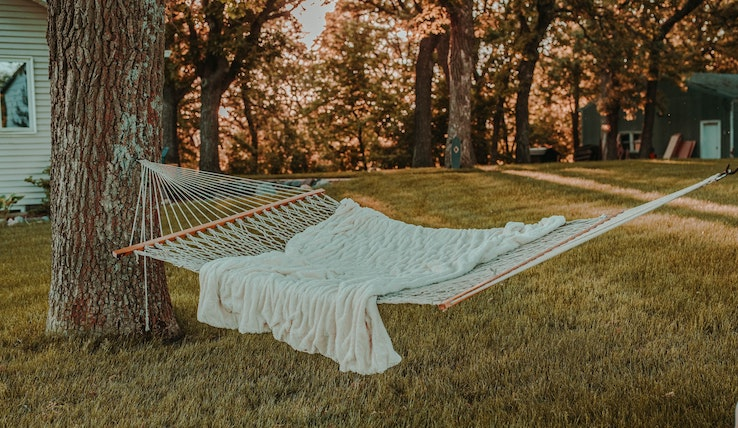 Image of a hammock.