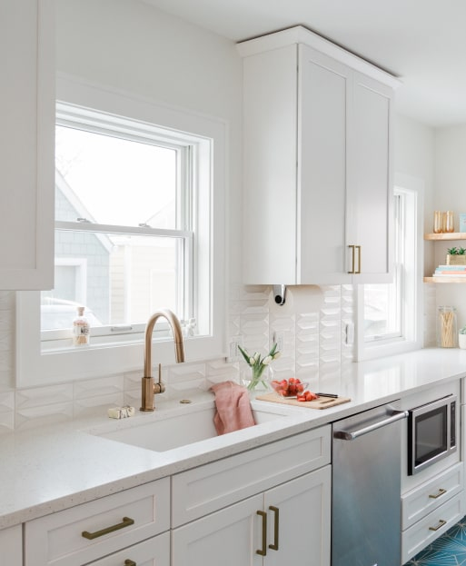 New Kitchen with windows.