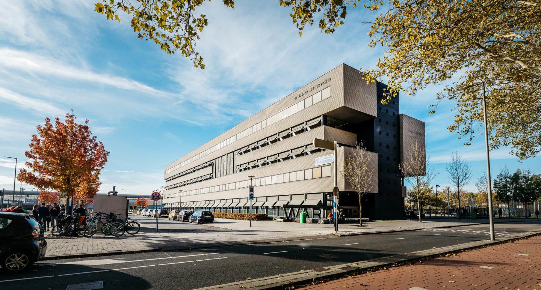 Wartburg College, Locatie Guido de Brès te Rotterdam