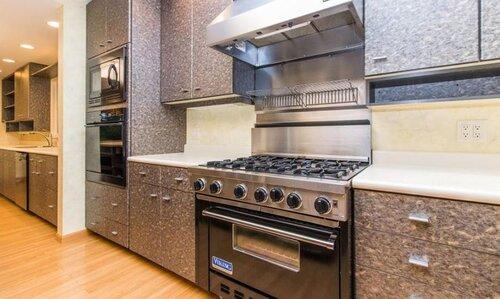 Casady - Kitchen - Before 1 .JPG