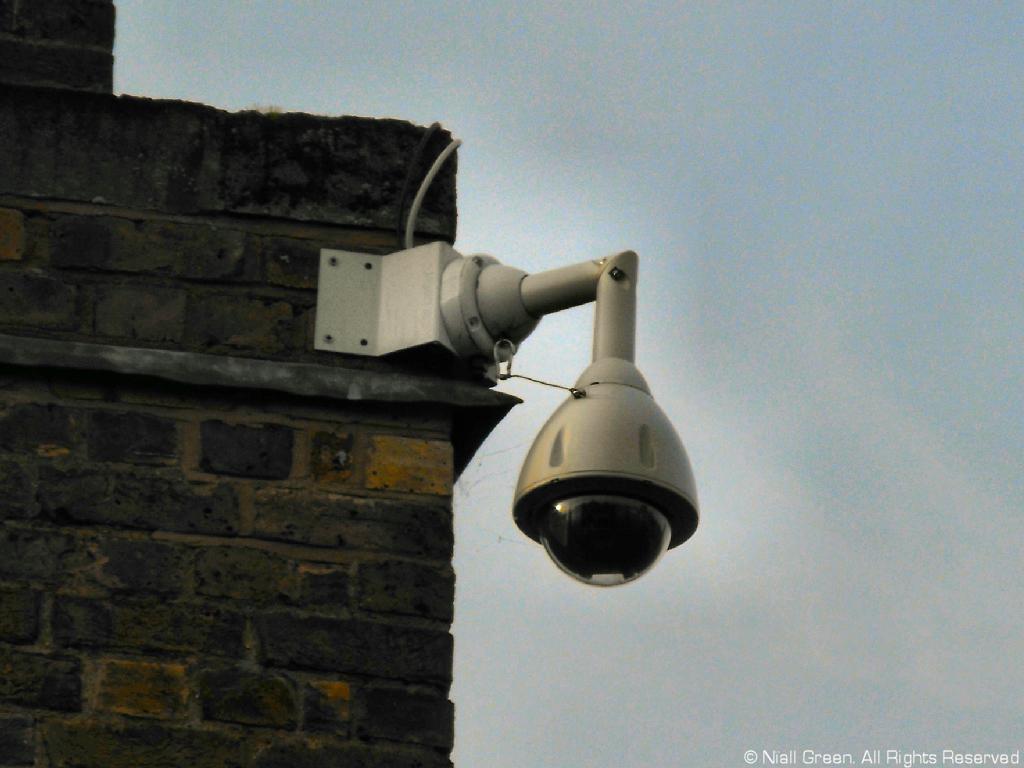 Smarter street cameras to ensure privacy.