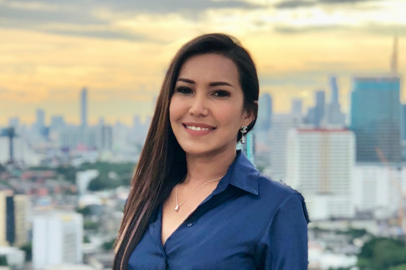 With our offices split across the UK and Bangkok, we thought it would be a good idea to sit down with our Managing Director in Thailand, Patty, to talk about what it is like working for in tech and keep the good ship MOHARA on track.